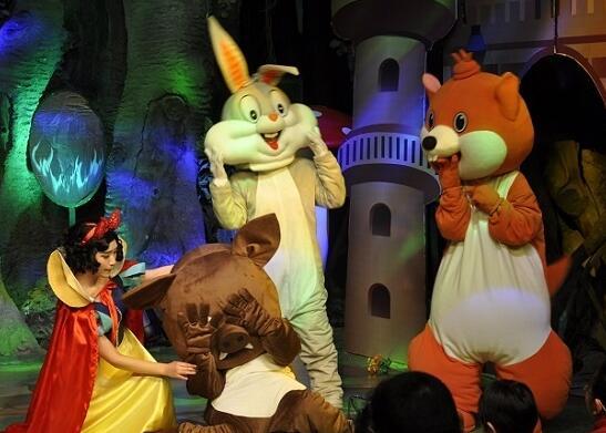 爱家森林童话剧场