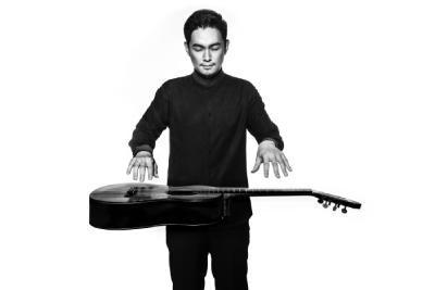 吉他陈川照片.png