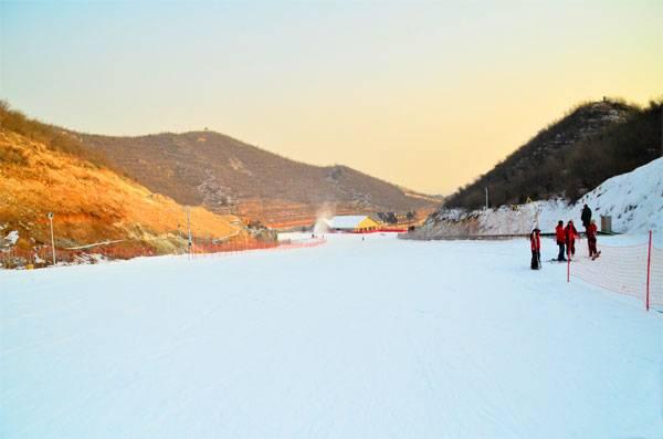 静之湖滑雪场(成人票)