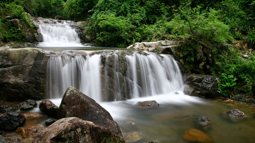 黄岩大瀑布