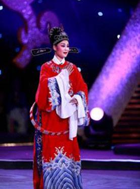 第十届东方名家名剧月安庆黄梅戏艺术剧院黄梅戏经典剧目《女驸马》