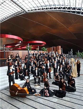 吕嘉指挥贝多芬第二及舒伯特第八交响曲