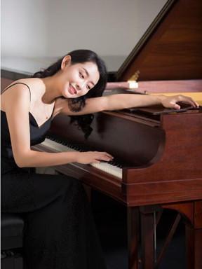 """音乐后花园 """"跨越时空的对话""""赵瑾钢琴音乐会"""