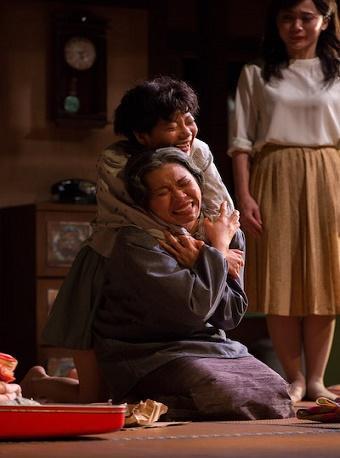 香港话剧团《结婚》