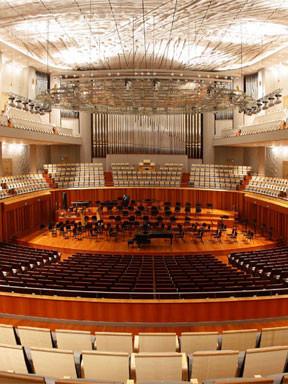 圣彼得堡交响乐团音乐会