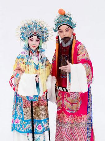于魁智李胜素领衔演出《龙凤呈祥》