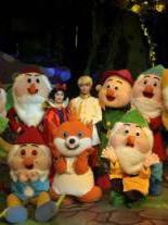 爱家森林剧场《白雪公主与七个小矮人》