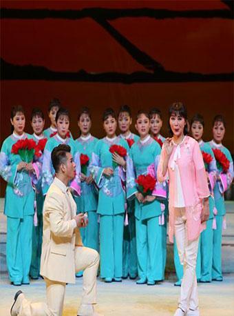 大型现代荆州花鼓戏《河西村的故事》