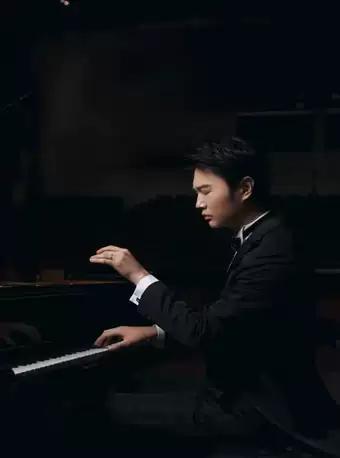 焦飞虎钢琴独奏音乐会