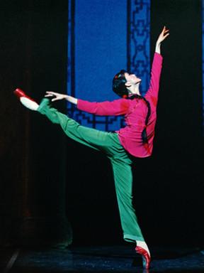 """上海芭蕾舞团""""镇团之宝""""芭蕾舞剧《白毛女》"""