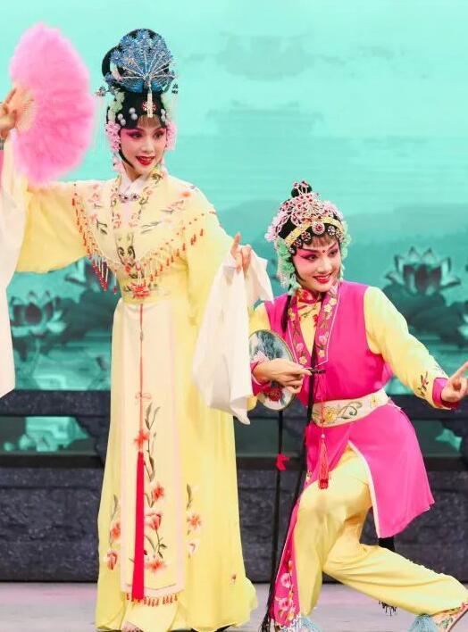 湖北荆州花鼓戏《站花墙》