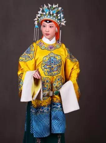 京剧《遇皇后·打龙袍》