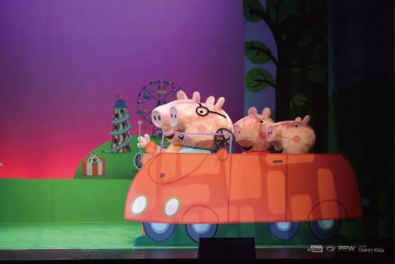 《小猪佩奇》图文资料249.png