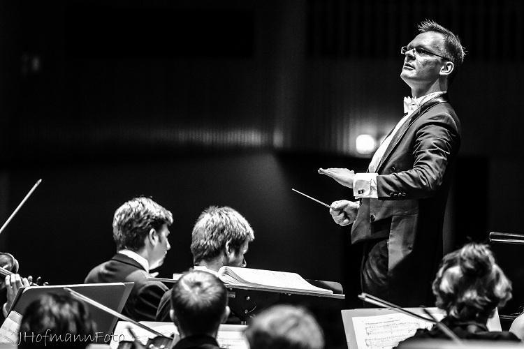 DPB_conductor_Deutsche_Philharmonie_Bonn_Scharmacher_4.jpg