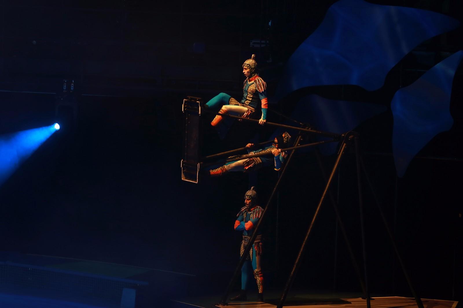 跳水1.jpg