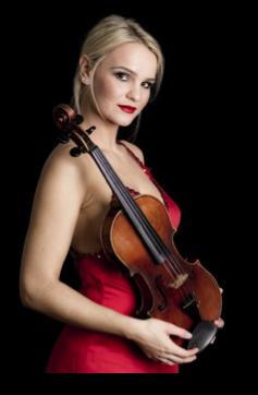 首席小提琴CODRUTA DUEPPERS 01.png