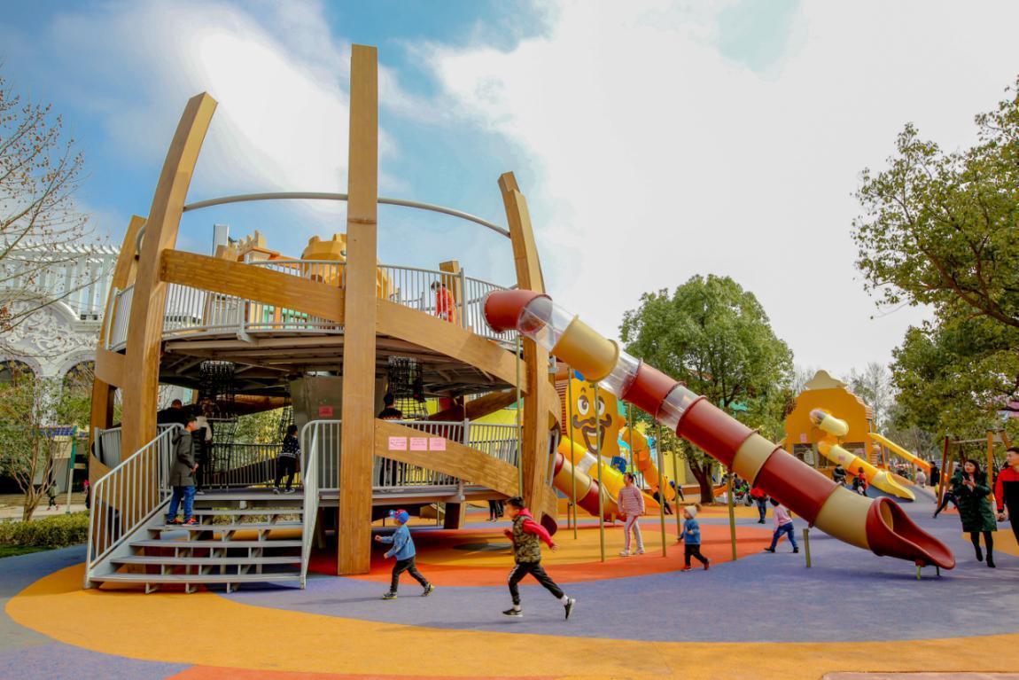 上海欢乐谷无动力儿童乐园饼干警署特训营